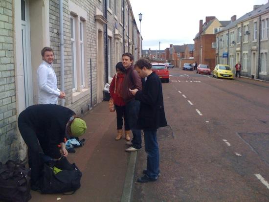 Outside Ben Singleton's home with the London crowd visiting ISDN03: Tobi Kerridge, Jon Adern, Anab Jain and Jess Charlesworth