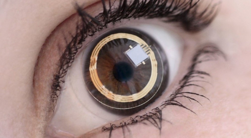 Samsung's 'smart' contact lens is envisioned as a soft lens that would feel no different from wearing an everyday, disposable lens.